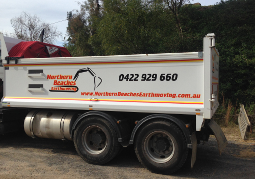 14-Tonne-Tip-Truck